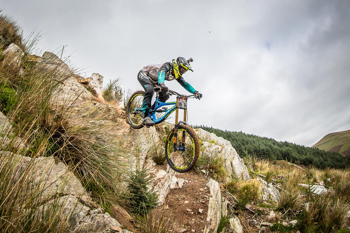 Bernard Kerr, pivot, pivot bike, hardline,