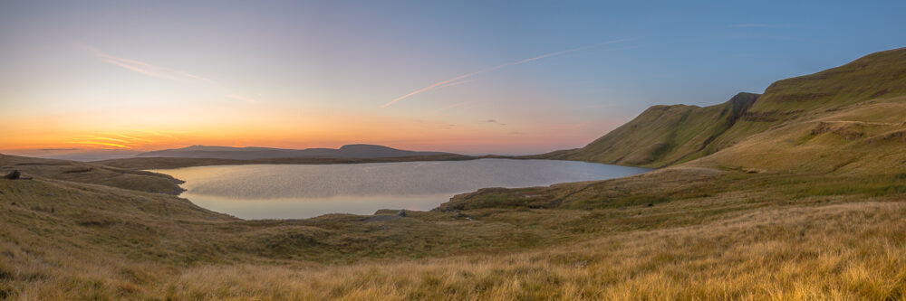 Llyn Y Fan Fawr under pastel colours
