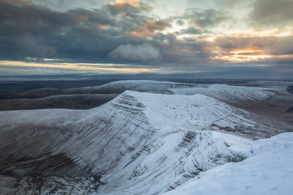 brecon beacons, brecon beacons national park, landscape photography, snow, pen y fan, wales, hiking,